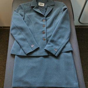 Kasper Suit Size 10P
